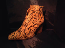 Load image into Gallery viewer, Cheetah Leather Booties