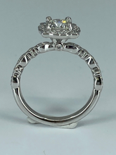 Load image into Gallery viewer, Vintage Style Engagement Ring