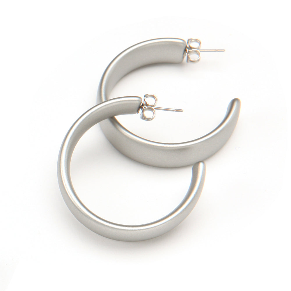 Camille Barile Resin Earring Silver