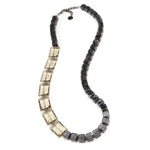 Eleanora Resin Necklace Blackgold