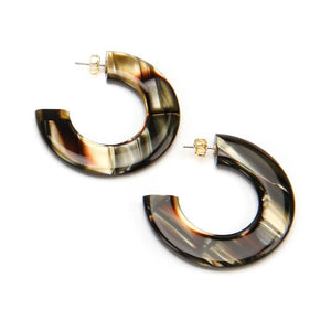 Gia Resin Earring Armi