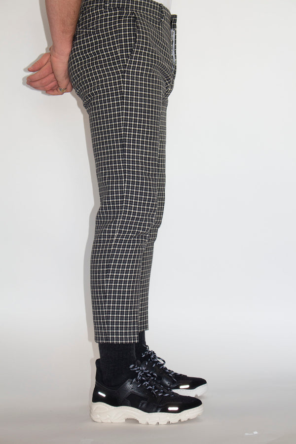 AMI Checkered Cropped Trousers