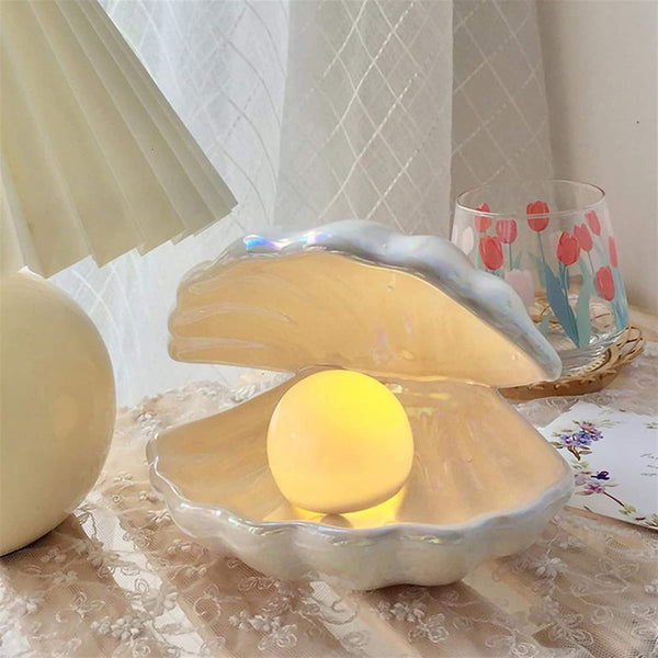 Decorative Ceramic Clam Shaped Lamp