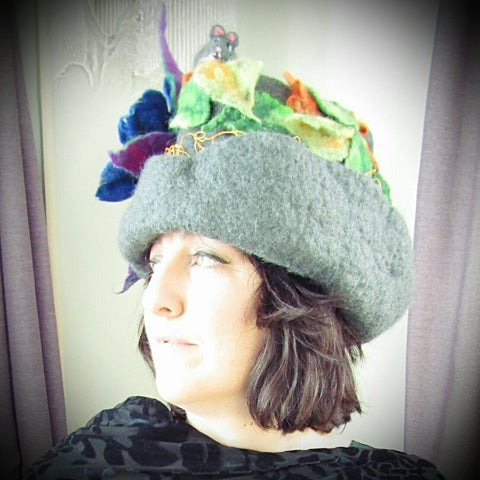 Felt Hat With Mum and Baby Mice, Lge, By Parade. - Parade Handmade