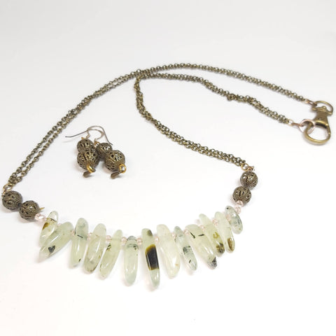 Aventurine Gemstone Irish Bog Necklace, By Lapanda Designs. Parade-Handmade.