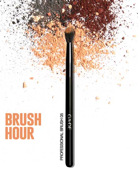 BLENDING SHADOW BRUSH #05