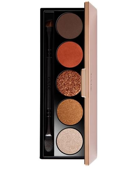 Glazing highlights metallic eyeshadow palette