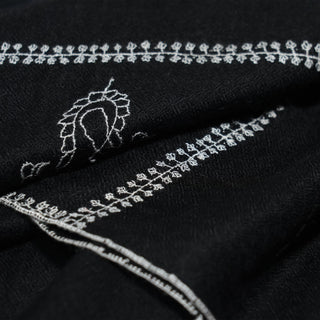 Black and White Kashmiri Sozni Embroidery stole