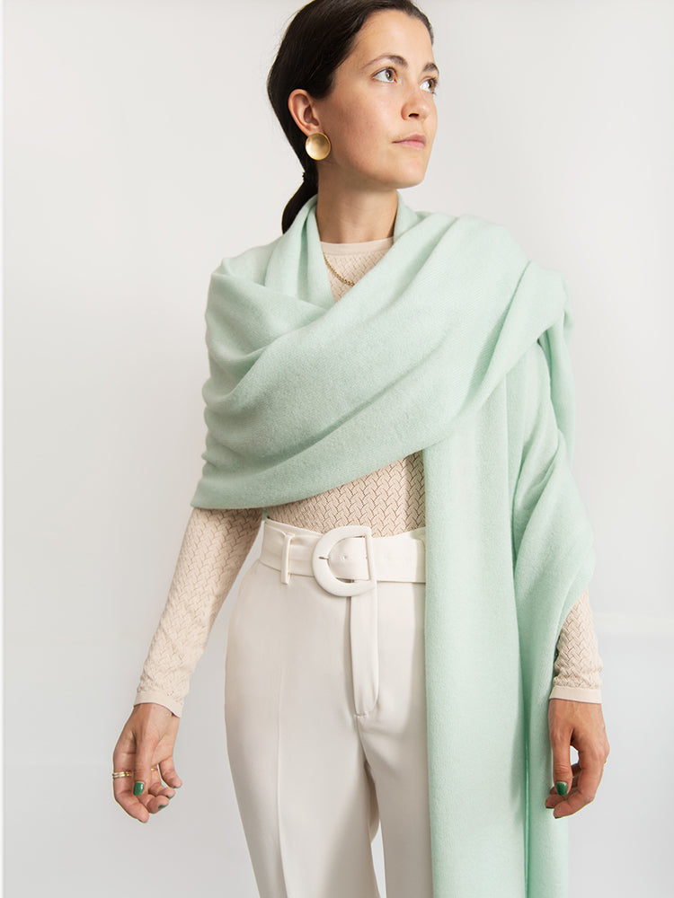 SUPER-SOFT TRAVEL WRAP