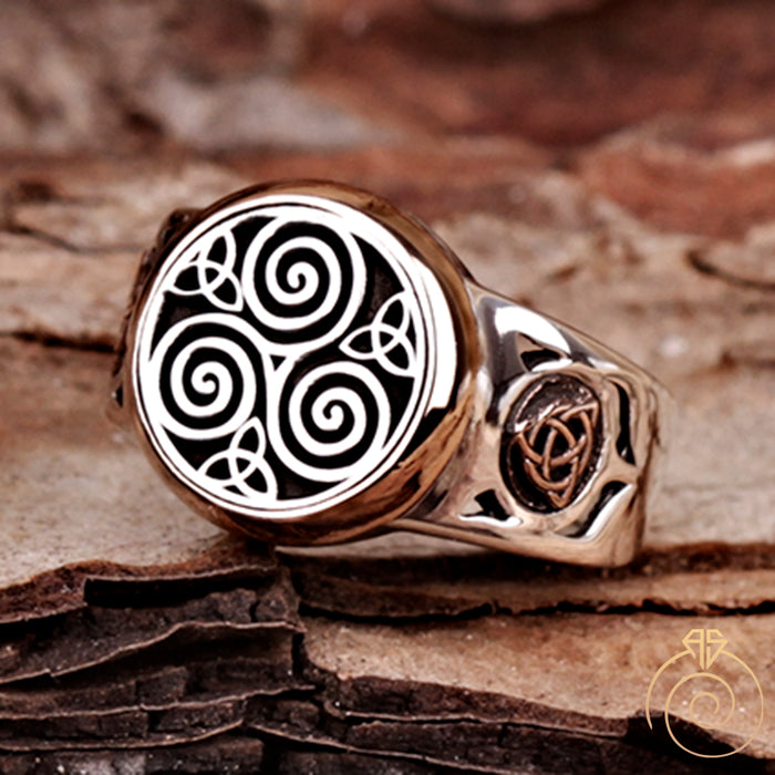 Celtic Trinity Symbol Silver Men's Ring