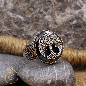black-quartz-silver-engraved-men-ring