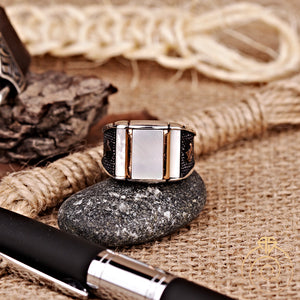 custom-calligraphy-engagement-men-ring