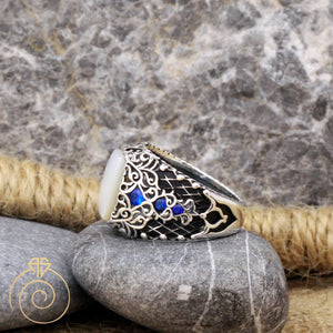 engraved-stylish-custom-floral-ring
