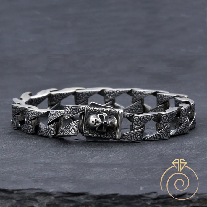 Skull Silver Curb Chain Bracelet