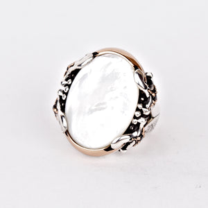 mother-of-pearl-white-men-ring