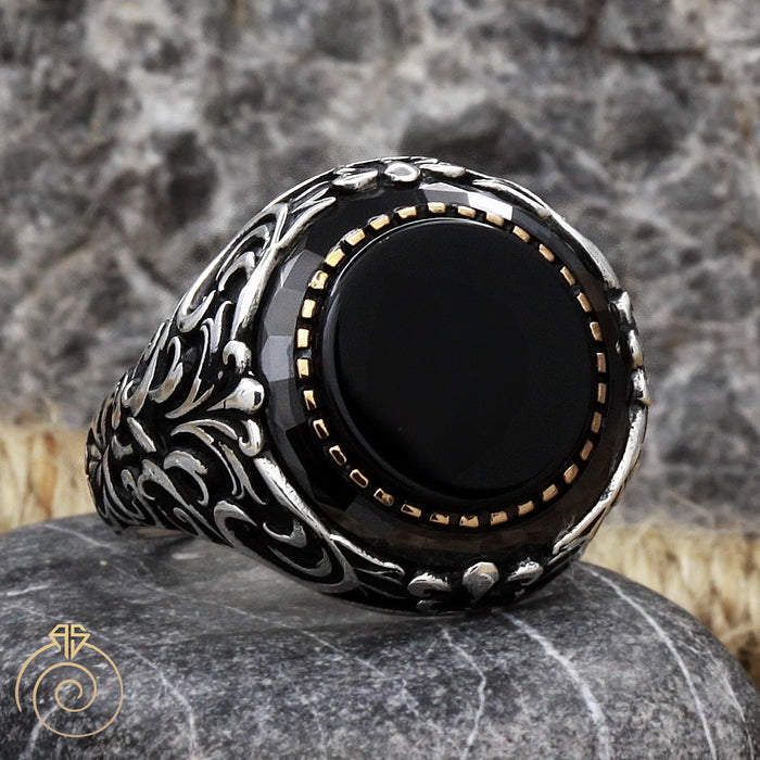 Onyx Round Silver Men's Ring