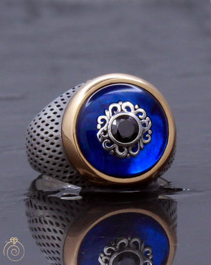 quartz-labmade-blue-stone-ring