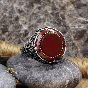 ruby-quartz-red-men's-ring
