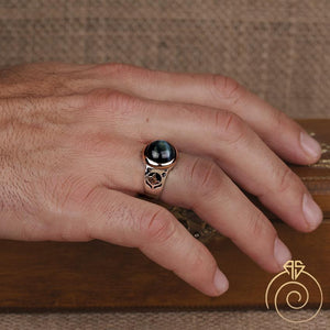 signet-ring-silver-gemstone-unique