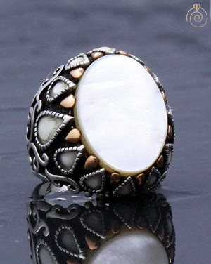 white-mother-of-pearl-gemstone-jewelry