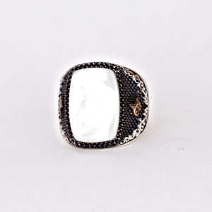 white-mother-of-pearl-men's-ring