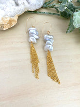 Load image into Gallery viewer, Keshi Pearl Tassel Earrings