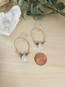 Labradorite and Rainbow Moonstone Inverted Hoop earrings - Gold fill
