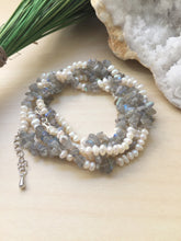Load image into Gallery viewer, hand knotted adjustable freshwater pearl necklace with labradorite chips