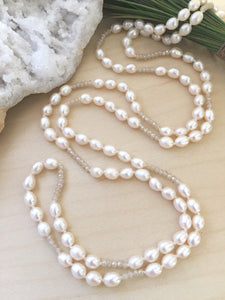 Long adjustable frehswater pearl and crystal necklace