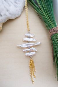 Freshwater Pearl and Labradorite arranged in a ladder with a gold chain tassel