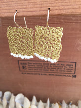 Load image into Gallery viewer, Wire Crochet Square Earrings with Freshwater Pearls