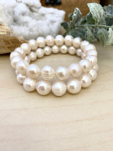 Freshwater Pearl Bracelet with Large White Pearls