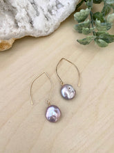 Load image into Gallery viewer, Lavender Coin Pearl earrings - 14k Gold filled