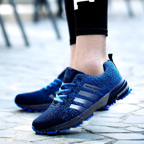 2018 hot sale adult Breathable sports shoes men women outdoor Athletic Training light running shoes for male Comfortable sneaker