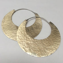 Load image into Gallery viewer, Hammered Hoop Earring