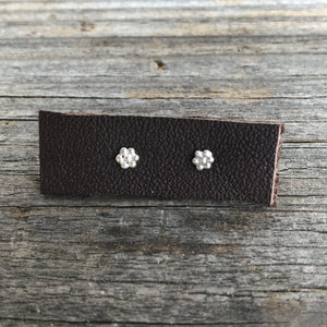 Flower Stud Earring - Shiny