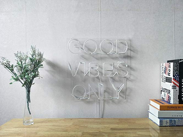 GOOD VIBES ONLY | Classic Neon Sign