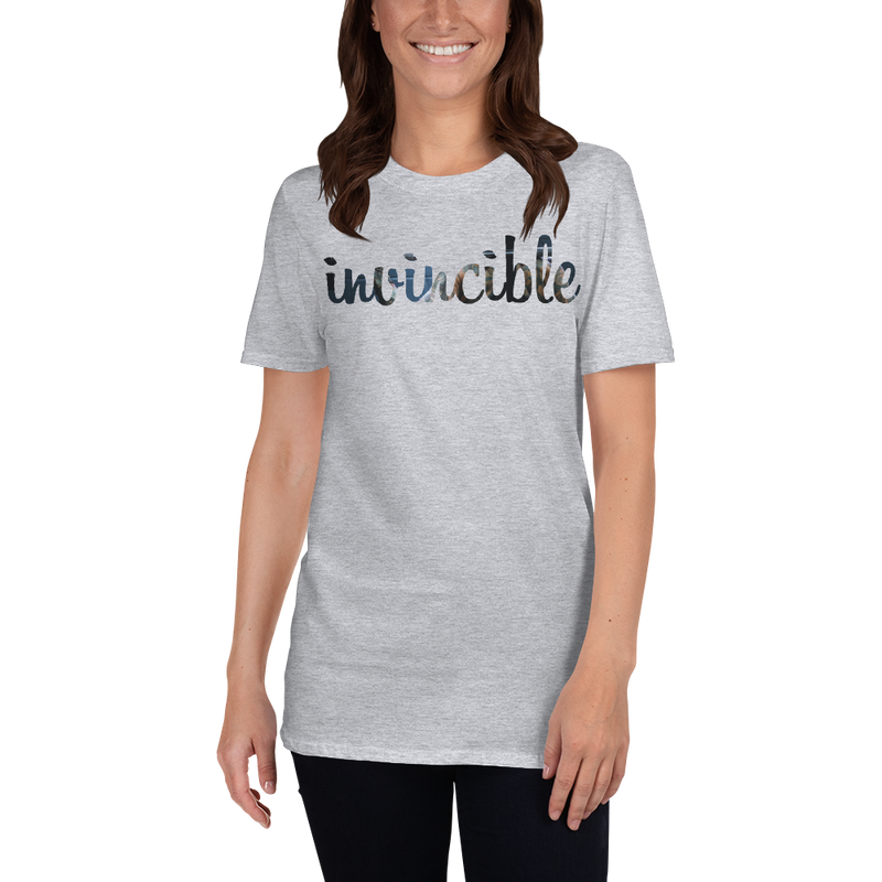 Invincible023 Gildan 64000 Unisex Softstyle T-Shirt with Tear Away Label