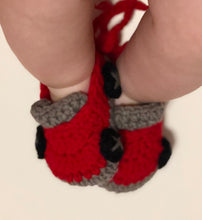 Load image into Gallery viewer, Crochet Baby Shoes - Red Car