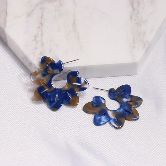 Frankie Resin Flower Earring