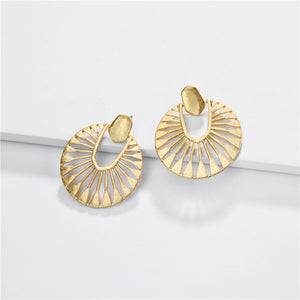 Nyla Gold Statement Earring