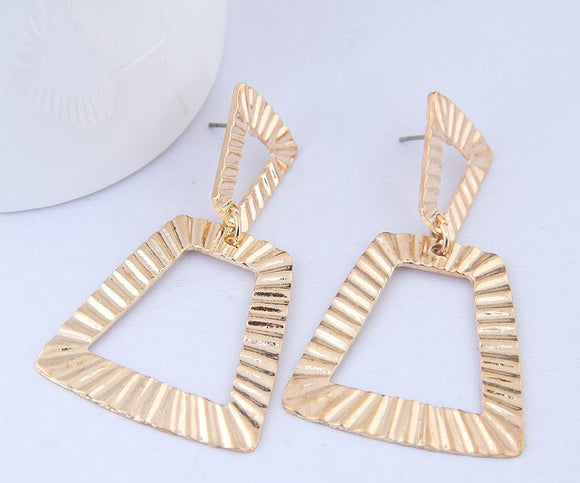 Felicia Statement Drop Earring