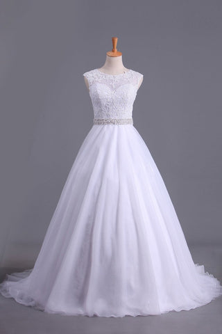 2019 White Scoop Wedding Dresses A-Line Court Train With Beads & Applique
