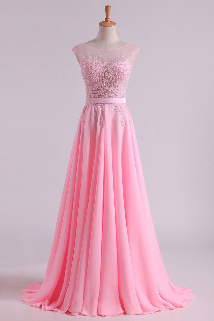 Sexy Prom/Wedding Dresses With High Slit A-Line Scoop Chiffon With Embroidery & Beading