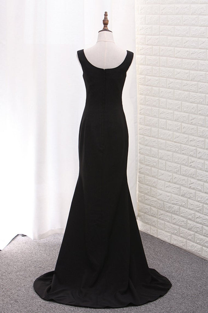 New Arrival Square Neck Evening Dresses Satin Mermaid Sweep Train