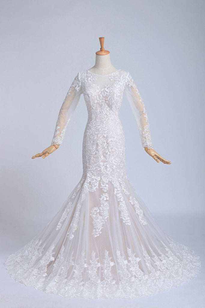 Bateau Long Sleeves Wedding Dress Mermaid/Trumpet Court Trian With Applique