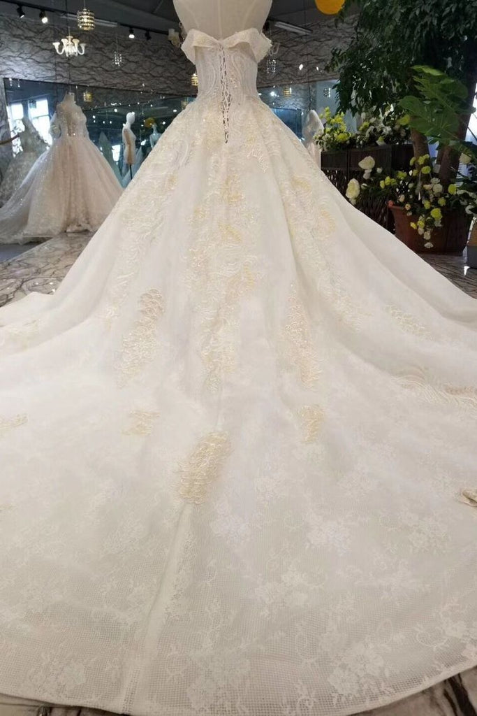 Lace Wedding Dresses Off-The-Shoulder Long Sleeves Royal Train