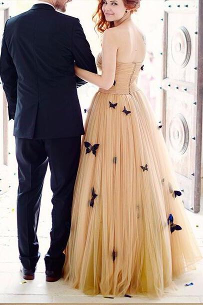 A-Line Strapless Sweetheart Lace up Prom Dress Tulle Sleeveless Ruffles Wedding Dresses UK JS336