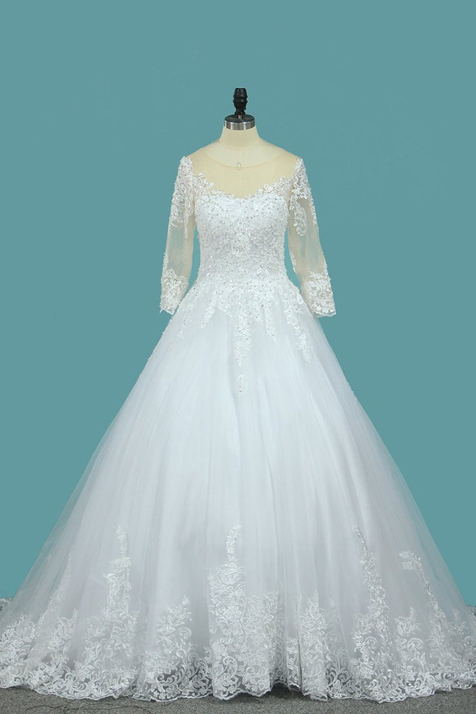 A Line 3/4 Length Sleeves Tulle Scoop Wedding Dresses With Applique