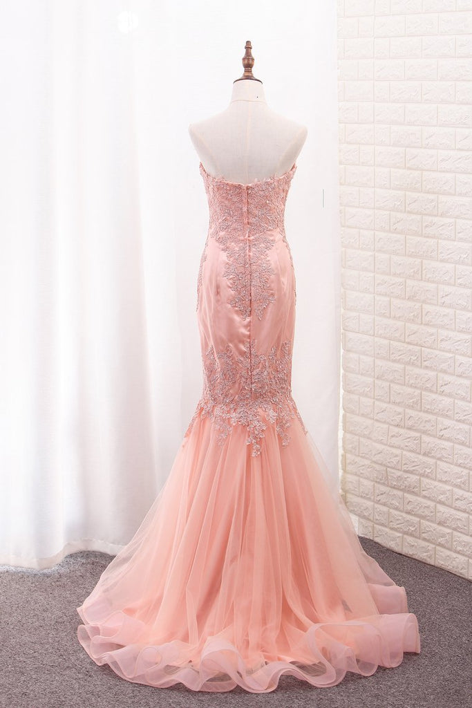 Sweetheart Mermaid Tulle Prom Dresses With Applique Sweep Train